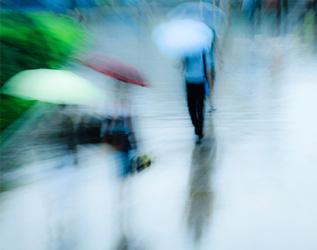 颱風及暴雨警告下的工作安排