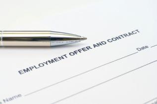 使用書面僱傭合約