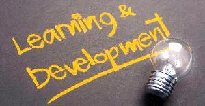培訓重反思 鼓勵學員深入思考